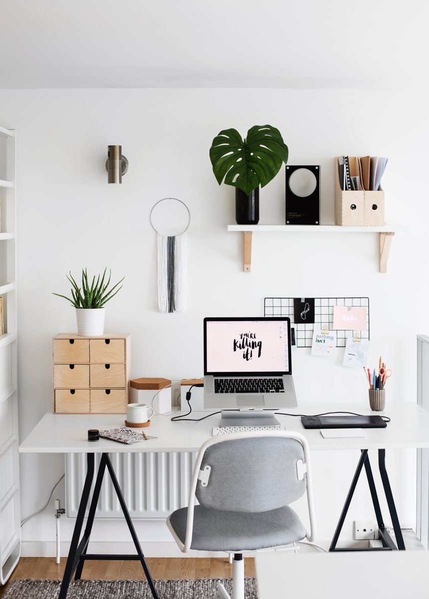 Dream work space inspiration 7 levels of room decor part 2 print for fun blog - Small work space decor ...