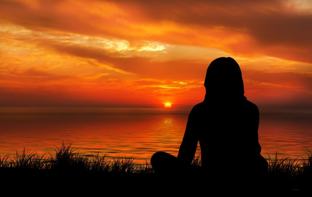 Meditation-Silhouette-Sunset-Woman-Evening-1815991.jpg